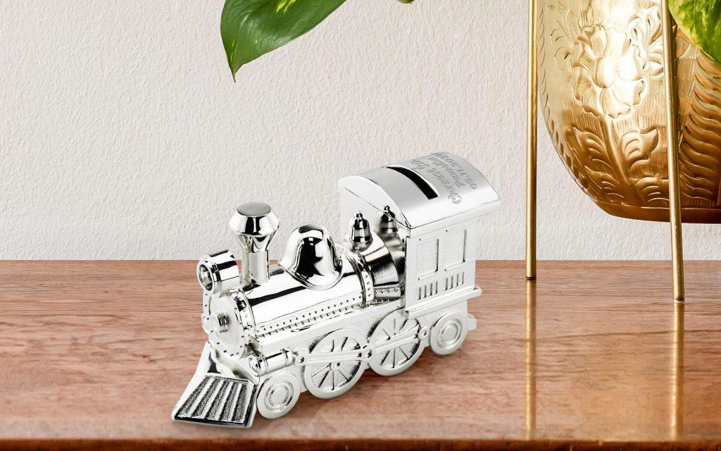 Skarbonka lokomotywa z grawerem na Chrzest